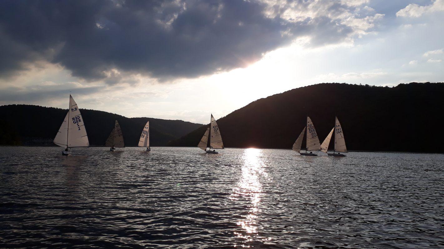 Edersee-Cup und Segeln in den Sonnenuntergang